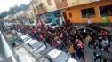 Professores fizeram passeata pela região central da cidade