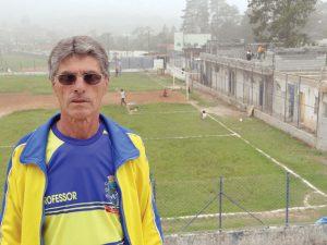 Carlos Fumagalli, secretário de Esportes, acompanha a intervenção pessoalmente