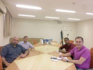 Reunião foi realizada na Secretaria de Saúde