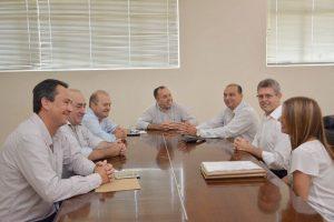 Da esquerda para direita: Sauter (ACIARP), Joaquim Lopes (Kinner), Emanuel Teixeira (CIESP), prefeito Kiko, Marcelo Menato, Ernesto Muniz e Irina Freire (ambos CIESP)