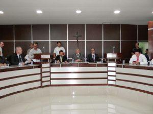 Sessão acontece às 14hs na Câmara Municipal e é aberta ao público